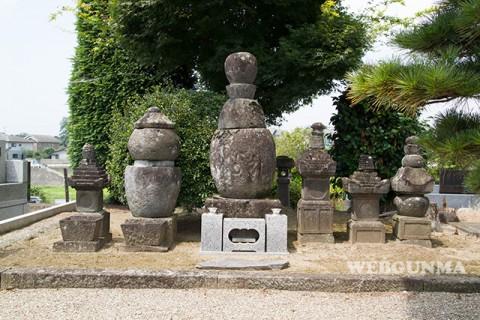 長善寺の伝大胡太郎の墓