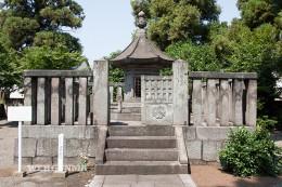 酒井忠行の墓