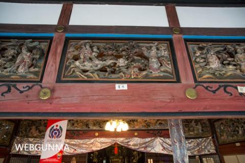 医光寺本堂の彫刻欄間