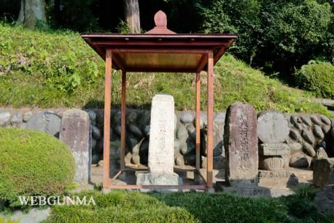 東禅寺角塔(角塔婆)