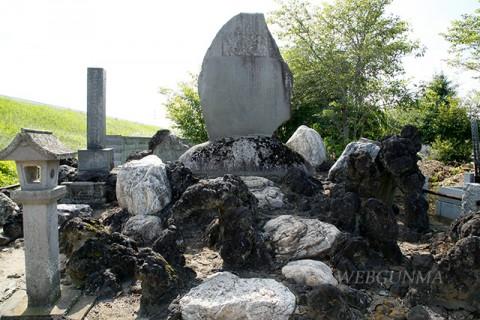 福島泰蔵大尉の墓