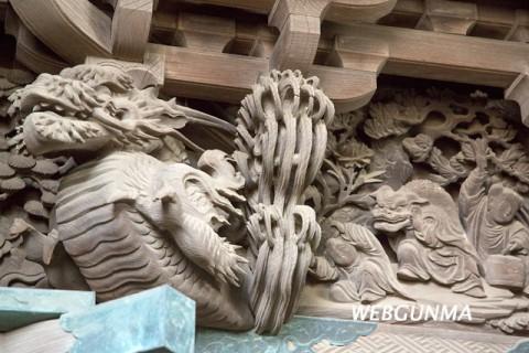 平塚赤城神社社殿彫刻(伊勢崎市)