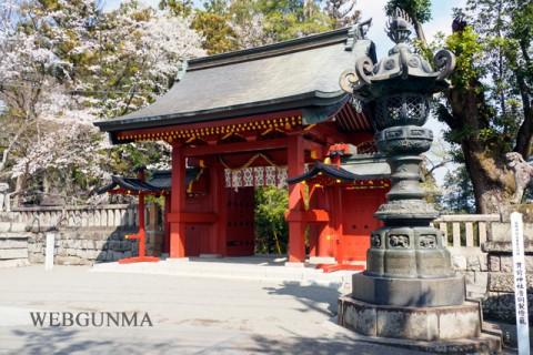 貫前神社唐銅製燈籠