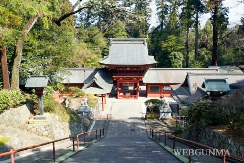 貫前神社の参道下り階段