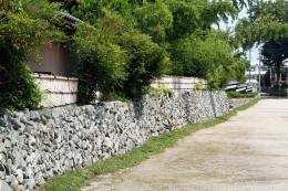 中小路の石垣