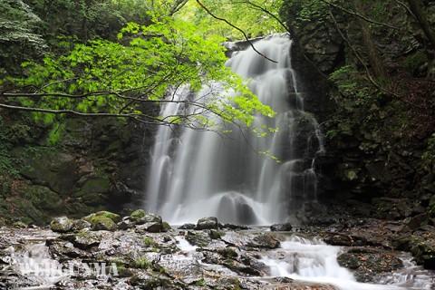 北軽井沢最大の滝「浅間大滝」