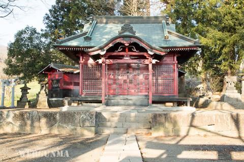 川田神社拝殿