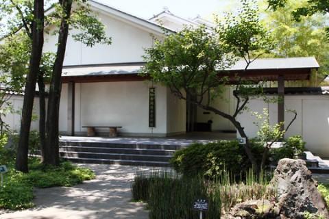 太田市 縁切寺満徳寺資料館入口