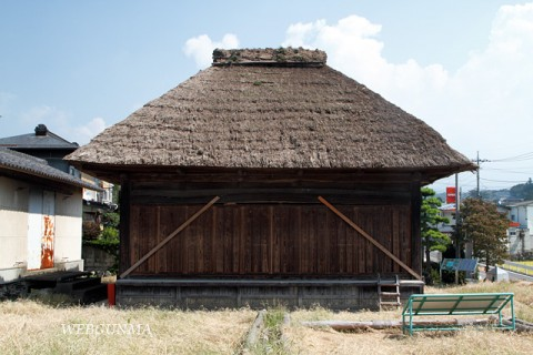 渋川市・上三原田の歌舞伎舞台