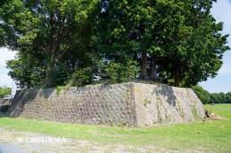館林城本丸跡の石垣